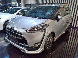 Dijual Cepat Toyota Sienta Q 2016 di Jawa Barat