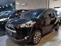 Dijual Mobil Toyota Sienta V 2016 di Jawa Barat
