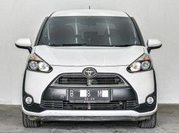 Jual Mobil Toyota Sienta V 2017 di Depok