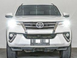 Dijual Mobil Bekas Toyota Fortuner VRZ 2016 di Depok