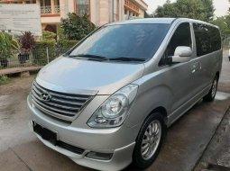 Mobil Hyundai H-1 2012 2.5 CRDi terbaik di Jawa Barat