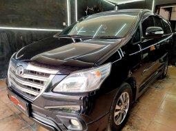 Dijual Cepat Toyota Kijang Innova G Luxury Matic 2015 Hitam di DKI Jakarta
