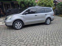 Nissan Grand Livina 2009 Jawa Timur dijual dengan harga termurah