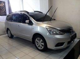 Jawa Timur, Nissan Grand Livina XV 2013 kondisi terawat