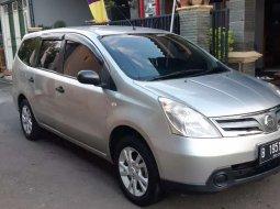 Jual Nissan Grand Livina SV 2012 harga murah di Jawa Tengah