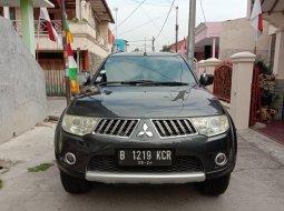 Dijual Mobil Mitsubishi Pajero Sport Exceed 2010 Abu-abu di Bekasi