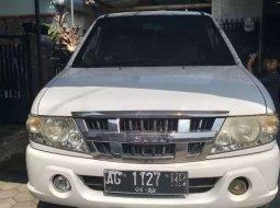 Jawa Timur, Isuzu Panther LS 2013 kondisi terawat