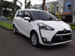 Dijual Mobil Toyota Sienta G 2017 di Tangerang