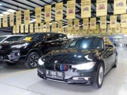 Dijual Mobil BMW 3 Series 320d 2014 di Tangerang