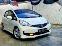 Jual Mobil Bekas Honda Jazz RS 2012 di Jawa Tengah