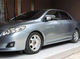 Dijual Mobil Bekas Toyota Corolla Altis 1.8 Automatic 2008 Brightsilver di Depok