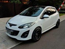 DIjual Mobil Mazda 2 R 2011 Bekas di DKI Jakarta