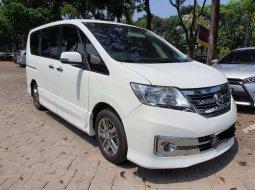 Mobil Nissan Serena 2014 Highway Star Autech terbaik di DKI Jakarta