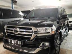 Dijual Cepat Toyota Land Cruiser VX-R 2019 di DKI Jakarta