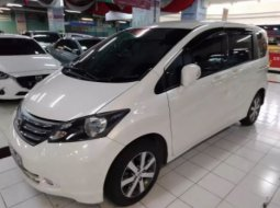 Dijual Cepat Honda Freed E 2010 di Jawa Timur