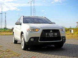 Jual Mobil Bekas Mitsubishi Outlander Sport GLX 2.0 MT 4x2 Bensin Putih 2013 Surabaya
