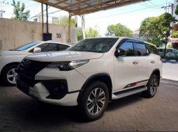 Dijual Cepat Toyota Fortuner VRZ 2018 di Jawa Timur