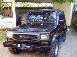 Daihatsu Taft GT 4x4 1996 Hitam Gagah