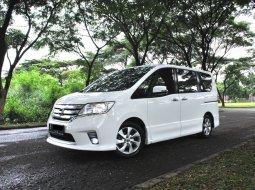 Jual Mobil Nissan Serena Highway Star 2013 di Tangerang Selatan