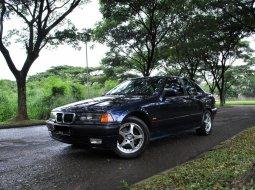 Dijual Mobil BMW 3 Series 318i 1997 di Tangerang Selatan