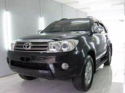 Dijual Mobil Bekas Toyota Fortuner G 2010 di Jawa Barat