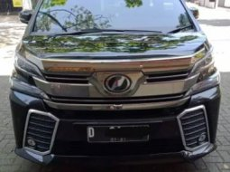 Jual Mobil Toyota Vellfire ZG 2016 di Jawa Barat