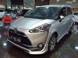 Dijual Mobil Toyota Sienta Q 2016 di Jawa Barat