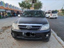 Dijual Mobil Toyota Fortuner G 4x4 VNT 2006 di Tangerang