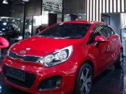 Dijual Mobil Kia Rio 1.4 Automatic 2014 di Jawa Barat
