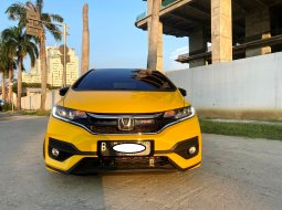 Dijual Honda Jazz RS CVT 2019 Kuning di DKI Jakarta