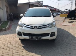 Jual Mobil Daihatsu Xenia R DLX 2013 di Tangerang