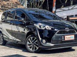 Jual Mobil Toyota Sienta V 2016 di Jawa Barat