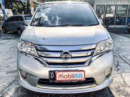 Jual Mobil Nissan Serena Highway Star 2013 di Jawa Barat