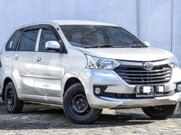 Jual Mobil Bekas Daihatsu Xenia X STD 2016 di Depok