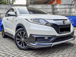 Jual Mobil Bekas Honda HR-V E Prestige 2017 di Depok