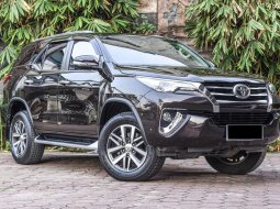Jual Mobil Bekas Toyota Fortuner VRZ 2016 di Depok
