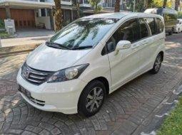 Dijual Mobil Honda Freed PSD 2011 di DI Yogyakarta
