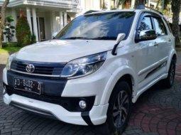 Dijual Mobil Toyota Rush TRD Sportivo 2015 di DI Yogyakarta