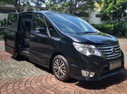 Dijual Mobil Nissan Serena Highway Star 2015 di DI Yogyakarta