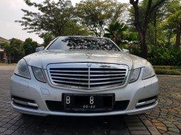 Dijual Mobil Mercedes Benz E-Class E300 AT Elegant 2011, Tangerang Selatan