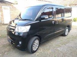 Dijual cepat Daihatsu Luxio X 2011 Hitam di Jawa Tengah