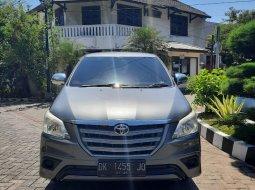 Toyota Kijang Innova 2.0 E Bensin Terima Nama Pembeli 2012  Surabaya