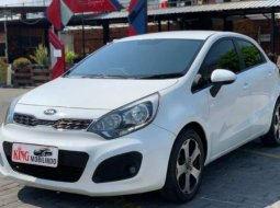 Dijual Mobil Kia Rio Platinum 2012 di Jawa Tengah