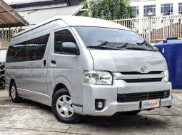 Jual Mobil Toyota Hiace High Grade Commuter 2016 di Sumatra Utara