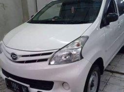 Jual Mobil Daihatsu Xenia X 2014 di Jawa TImur