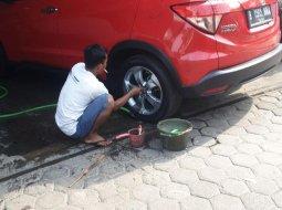Jual Mobil Honda HR-V E CVT 2016 Merah di DKI Jakarta
