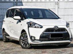 Dijual Cepat Toyota Sienta V 2016 di DKI Jakarta
