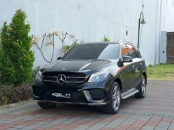 Dijual Mercedes-Benz GLE 400 2018 Hitam di Jawa Timur