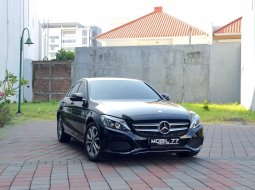 Dijual Mercedes-Benz C-Class C 200 K 2016 Hitam di Jawa Timur