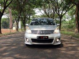 Nissan Grand Livina XV 2012 MPV